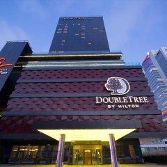 Гостиница Double Tree By Hilton Minsk вид на фасад фото 2