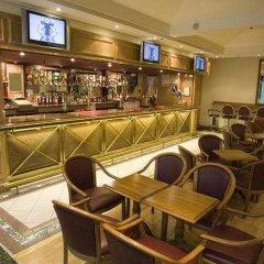 The Royal National Hotel гостиничный бар фото 4