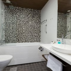 Hotel Katajanokka, Helsinki, A Tribute Portfolio Hotel ванная фото 4