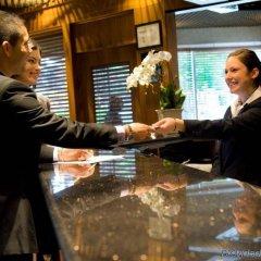 Отель Best Western Plus Chateau Granville Hotel & Suites Канада, Ванкувер - отзывы, цены и фото номеров - забронировать отель Best Western Plus Chateau Granville Hotel & Suites онлайн интерьер отеля фото 3