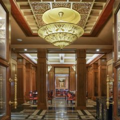 Отель Vinpearl Luxury Nha Trang интерьер отеля