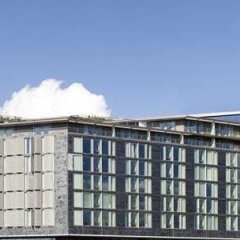DoubleTree by Hilton Hotel Amsterdam Centraal Station парковка