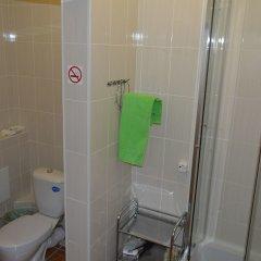 Гостиница Eburg Hotel - Hostel в Екатеринбурге отзывы, цены и фото номеров - забронировать гостиницу Eburg Hotel - Hostel онлайн Екатеринбург ванная фото 2