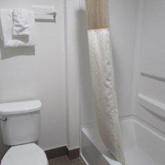 Отель Motel 6 Canoga Park США, Лос-Анджелес - отзывы, цены и фото номеров - забронировать отель Motel 6 Canoga Park онлайн ванная