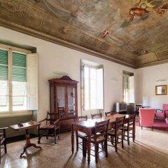 Отель Casa Santo Nome Di Gesu Флоренция гостиничный бар