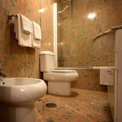 Hotel Alpina Вильянуэва-де-Ароса ванная