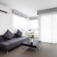 Отель X2 Vibe Phuket Patong 4* Стандартный номер разные типы кроватей фото 17