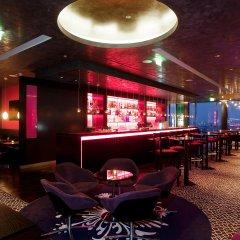 Отель Vienna House Andel´s Berlin гостиничный бар фото 4