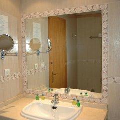 Отель Parasol Garden ванная