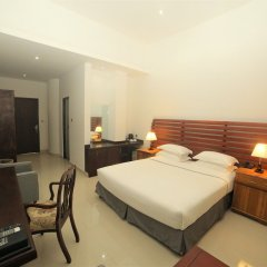 Отель Avasta Resort & Spa сейф в номере