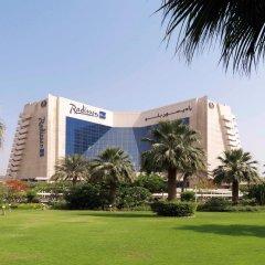 Отель Radisson Blu Resort, Sharjah спортивное сооружение