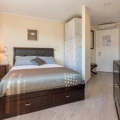 Отель Palace Queen Mary Luxury Rooms сейф в номере