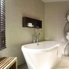 Отель Park Plaza Sukhumvit Бангкок ванная