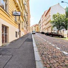 Отель Chill Hill Apartments Чехия, Прага - отзывы, цены и фото номеров - забронировать отель Chill Hill Apartments онлайн парковка