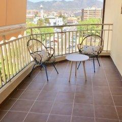 Отель Rentcostadelsol Apartamento Fuengirola - Doña Sofía 5E Фуэнхирола балкон