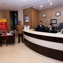 Отель Al Hamra Hotel ОАЭ, Шарджа - отзывы, цены и фото номеров - забронировать отель Al Hamra Hotel онлайн интерьер отеля фото 3
