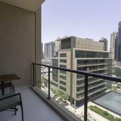 Отель One Perfect Stay - Al Majara 3 балкон