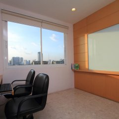 Апартаменты Montara Serviced Apartment Thonglor 25 Бангкок фитнесс-зал фото 3