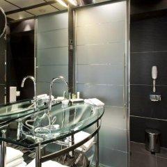 Отель Hilton Madrid Airport ванная фото 3