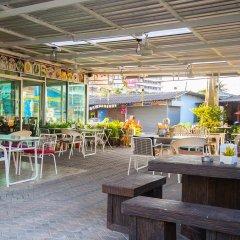 Отель Sea Breeze Jomtien Residence Таиланд, Паттайя - отзывы, цены и фото номеров - забронировать отель Sea Breeze Jomtien Residence онлайн питание фото 3