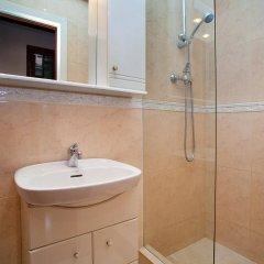 Отель Sants-Les Corts: Galileu Барселона ванная