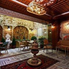 Niles Hotel Istanbul - Special Class Турция, Стамбул - 1 отзыв об отеле, цены и фото номеров - забронировать отель Niles Hotel Istanbul - Special Class онлайн интерьер отеля фото 2