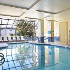 Отель Embassy Suites Los Angeles - International Airport/North США, Лос-Анджелес - отзывы, цены и фото номеров - забронировать отель Embassy Suites Los Angeles - International Airport/North онлайн бассейн