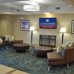 Отель Candlewood Suites Bay City интерьер отеля фото 2