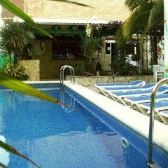 Отель Marbella Испания, Курорт Росес - отзывы, цены и фото номеров - забронировать отель Marbella онлайн бассейн