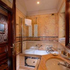 Отель Suites Torre dell'Orologio Италия, Венеция - отзывы, цены и фото номеров - забронировать отель Suites Torre dell'Orologio онлайн ванная
