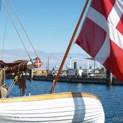 Отель Copenhagen Admiral Hotel Дания, Копенгаген - 3 отзыва об отеле, цены и фото номеров - забронировать отель Copenhagen Admiral Hotel онлайн приотельная территория фото 2