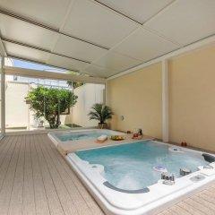 Отель B&B Felice Sud Private Spa Лечче бассейн