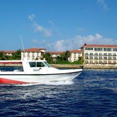 Отель Hulhule Island Hotel Мальдивы, Мале - отзывы, цены и фото номеров - забронировать отель Hulhule Island Hotel онлайн приотельная территория