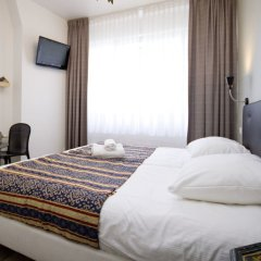 Acostar Hotel сейф в номере