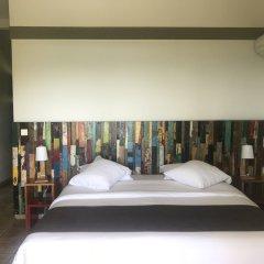 Отель Le Rayon Vert сейф в номере