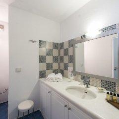 Отель Kastro Suites ванная