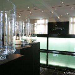 Fleming's Conference Hotel Frankfurt интерьер отеля