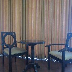 Отель The Ritz Hotel at Garden Oases Филиппины, Давао - отзывы, цены и фото номеров - забронировать отель The Ritz Hotel at Garden Oases онлайн удобства в номере