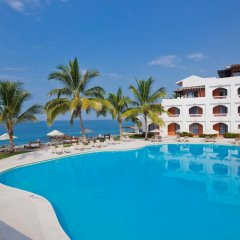 Отель Plaza Pelicanos Grand Beach Resort бассейн фото 3