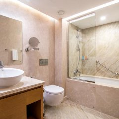 Отель Hyatt Regency Galleria Residence Dubai ванная фото 2