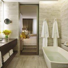 Отель Four Seasons Hotel Toronto Канада, Торонто - отзывы, цены и фото номеров - забронировать отель Four Seasons Hotel Toronto онлайн ванная