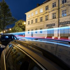 Отель DownTown Suites Mala Strana Чехия, Прага - отзывы, цены и фото номеров - забронировать отель DownTown Suites Mala Strana онлайн парковка