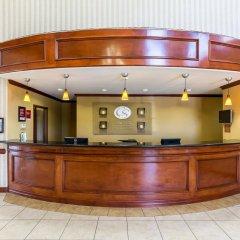 Отель Comfort Suites Galveston США, Галвестон - отзывы, цены и фото номеров - забронировать отель Comfort Suites Galveston онлайн интерьер отеля
