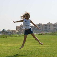 Отель Hilton Ras Al Khaimah Resort & Spa спортивное сооружение