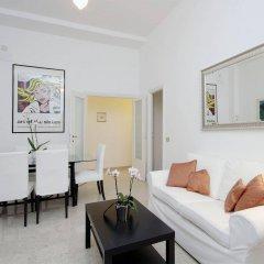 Отель Navona apartments - Pantheon area Италия, Рим - отзывы, цены и фото номеров - забронировать отель Navona apartments - Pantheon area онлайн комната для гостей