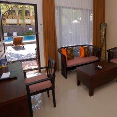 Отель Best Western Resort Kuta интерьер отеля