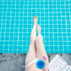 At Mind Premier Suites Hotel бассейн