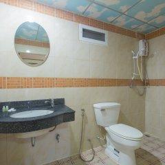 Отель Patong Rai Rum Yen Resort ванная