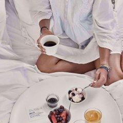 Отель Alti Santorini Suites Греция, Остров Санторини - отзывы, цены и фото номеров - забронировать отель Alti Santorini Suites онлайн питание фото 2