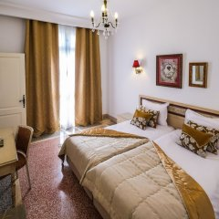 Majestic Hotel in Tunis, Tunisia from 82$, photos, reviews - zenhotels.com guestroom